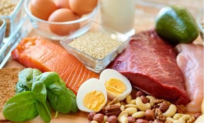 一張含有 食物, 水果, 盤, 桌 的圖片自動產生的描述
