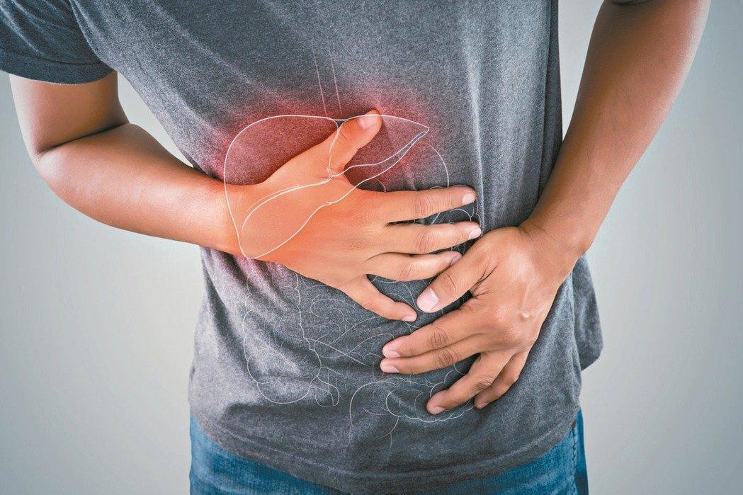 B型肝炎、C型肝炎、脂肪肝、肝硬化、酒精性肝炎等,都是引發肝癌的常見原因。 圖/...