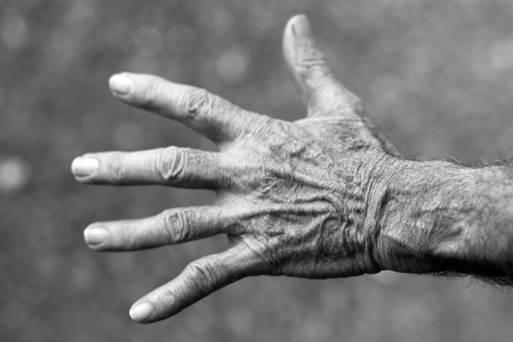 實際不存在的肢體如果發痛,我們該怎麼辦?(Pixabay)
