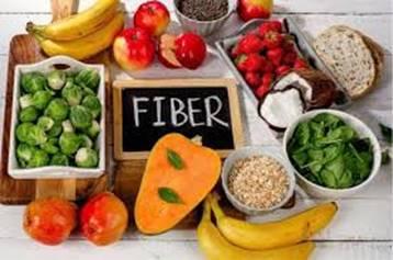 一張含有 食物, 桌, 水果, 盤 的圖片自動產生的描述