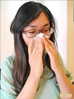 ▲腺樣體肥厚,容易鼻塞、鼻過敏、流鼻涕,反覆罹患鼻竇炎、中耳炎和中耳積水;圖為情境照,圖中人物與本文無關。(記者蔡淑媛攝)